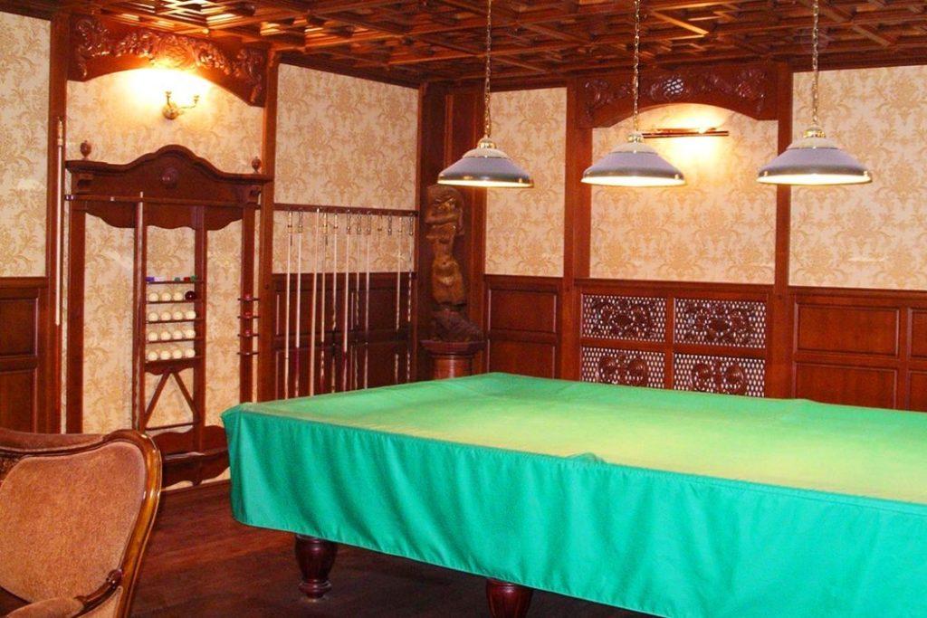 Отделка бильярдной комнаты в классическом стиле
