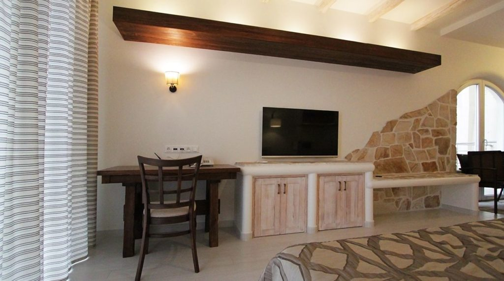 Мебель для отелей и гостиниц в кантри стиле