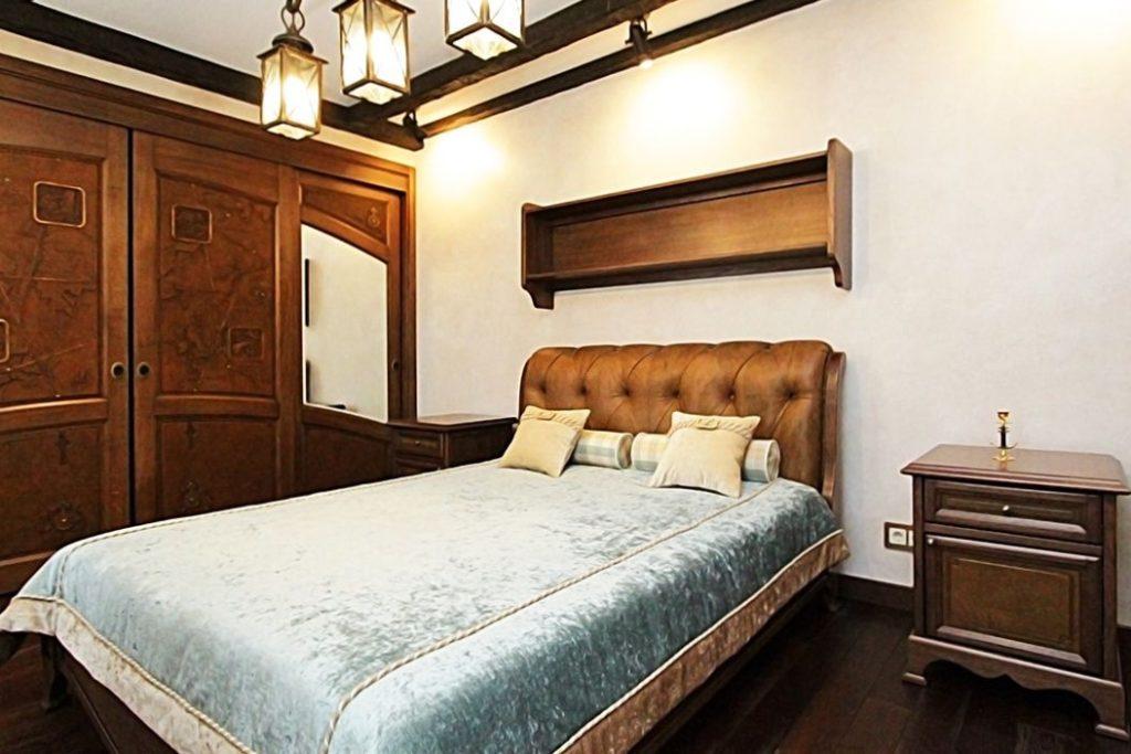 Кровать в итальянском стиле