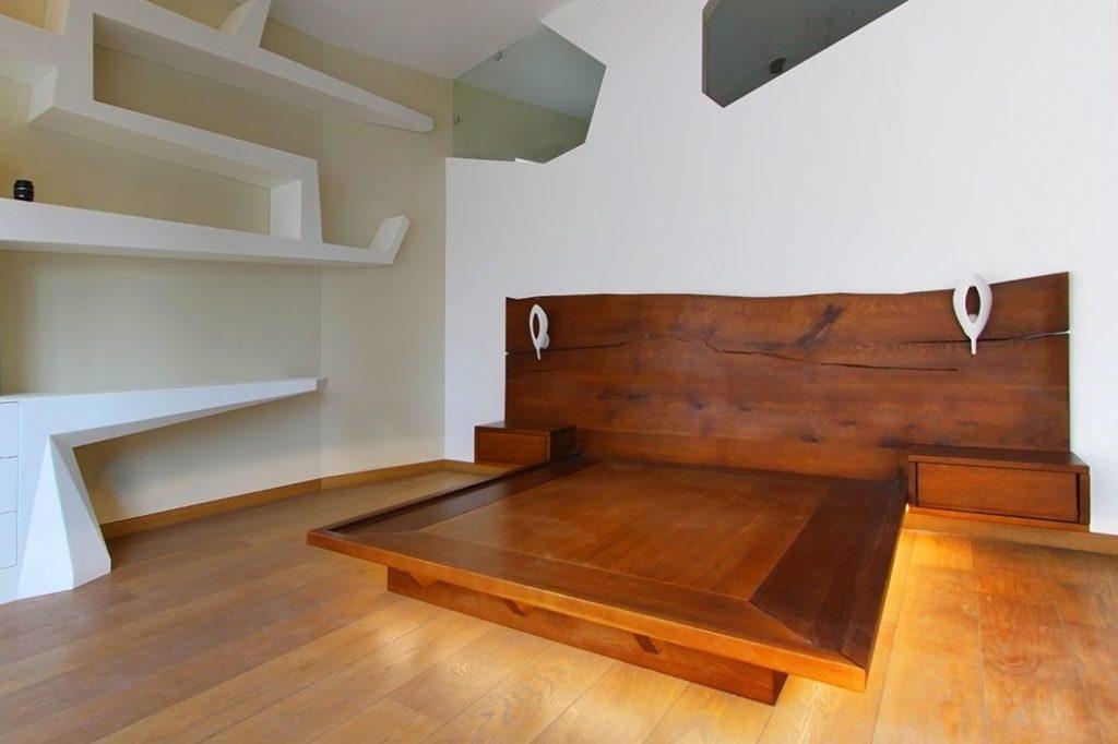 Кровать хайтек