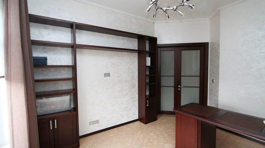Минималистичный кабинет