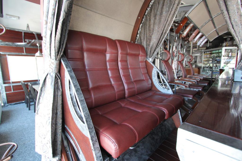 Кресла в карете